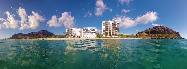 Your view from your peaceful float in the ocean : )
