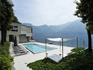 Villa Splendid, Tavernola