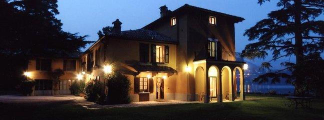 Villa på natten