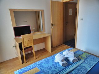 Apartments Mare- apartment for 2 near the beach #204