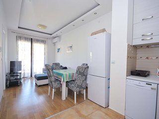 Modern two bedroom app in the heart of Budva #324