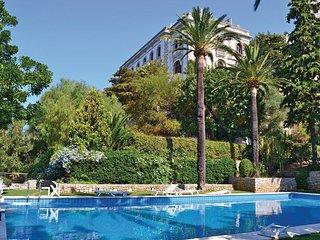 Splendido appartamento nella torre di Villa Voronoff a Grimaldi / Balzi Rossi