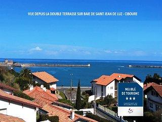"""Villa moderne """"Begiak Uran"""", Les Yeux dans l'eau RARE & CALME, classée 3 étoiles"""
