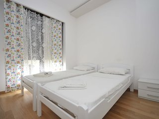 Modern two bedroom apartment in the centre #325, Budva