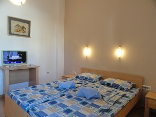 Apartments Mare- apartment for 2 near the sea #305