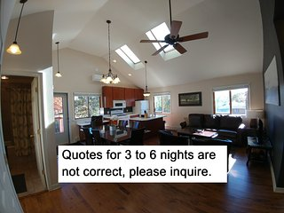 Beachfront Guesthouse Slps8, Chicago-40min, 2+Ngt Quotes NOT Accurate, pls. ask!