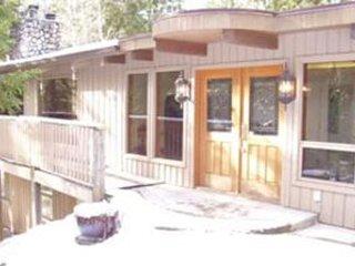 Beautiful Home Situated amongst the trees!, Christina Lake