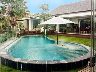 Villa Paradisio 3 bedrooms beautiful villa Canggu