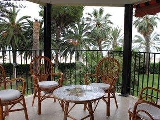 Precioso apartamento en primera línea de playa, Benicasim