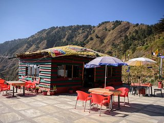 Comfortable Room on Secluded Mountains, Mussoorie