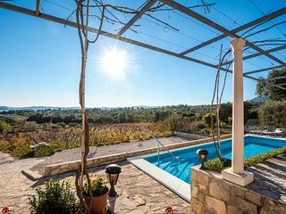 Villa IS - great villa with swimming pool and magnificent sea-view of Adriatic, Orebic
