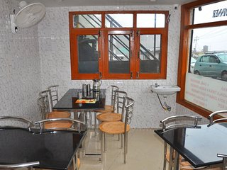 Private Room near Picture Palace, Mussoorie