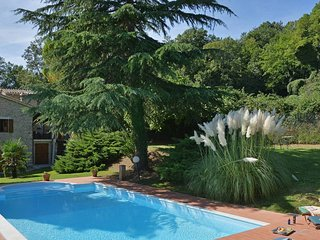 Il Fico -Private Villa with Pool in Umbria, peaceful, rural, beautiful area