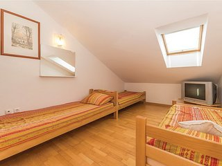 ***NOVALJA CENTER - FOR 6 PEOPLE***