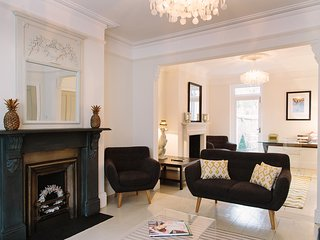 Luxury Four Bed Townhouse, Oxford