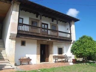 Preciosa Casona Asturiana rehabilitada.