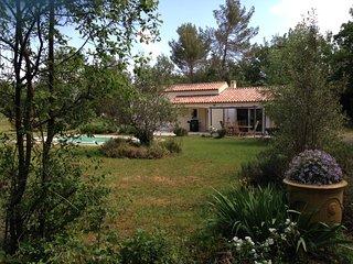 Villa avec piscine proche mer en campagne terrain paysage de 6000 m2