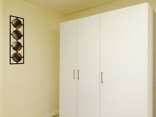 Large 3 Bedroom, 2 Bath apartment in Little Italy, Close to Fordham University.