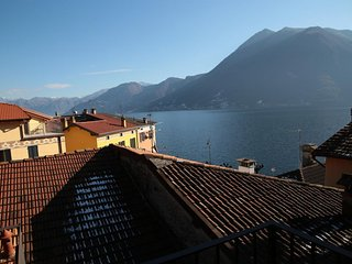 Argegno, Lake Como, Apartment in the center of the village