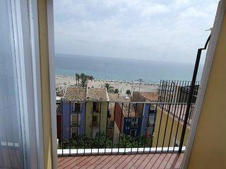 VD2, Gran apartamento con vistas al mar sobre la muralla de Villajoyosa