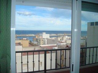 apartamento económico cerca de la playa dos habitaciones garrucha 2, Garrucha