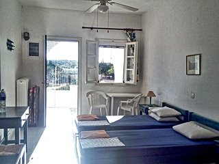 Ideal studio near the beach #1.. Aliki/Paros
