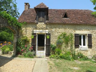 La Petite Goulette - a delightful cottage on an estate in the countryside, Plazac