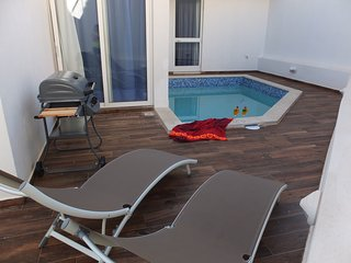 Comfortable apartment with pool.