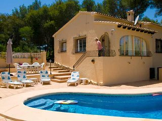 Villa Simon, Moraira, private pool, wifi, freesat