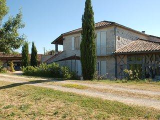 Maison de campagne avec vue spectaculaire sur Gers et Garonne