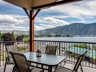 NEW! Luxe 3BR Manson Condo w/ View of Lake Chelan!