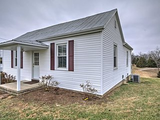 NEW! Peaceful 1BR Berger Apartment on a Farm!