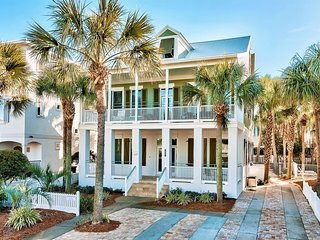 Happy Go Lucky: Newly Renovated, Private Pool, Steps to Beach!, Miramar Beach