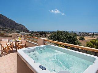 Summer House Collection Luxury 3 Bedroom Villa Stella close to Black Sand Beach, Perissa