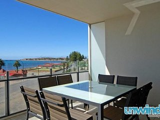 Unwind * 'The Frontage' Penthouse no 402 - Victor Harbor
