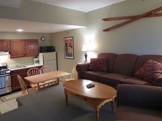Sunday River Condo - Sunrise A-104, Newry