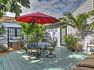 NEW! Private 2BR West Palm Beach 'Coco Cottage'!