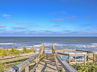 Ponte Vedra Home w/Deck&Ocean Views-Steps to Beach