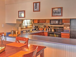 Look forward to preparing hearty meals in the fully equipped kitchen.