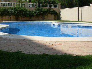 Budget Perfect 2 bed Apartment, Central to Golf, Beaches & Amenities Villamartin