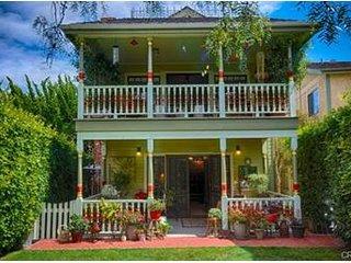 Victorian 1 Bedroom Rental
