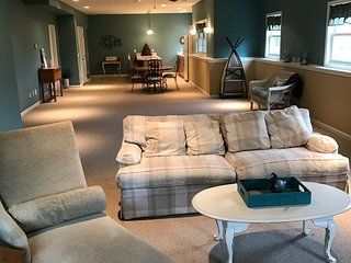 Luxury, custom suite with over 1600 sq. feet with privacy and garage, Grandville