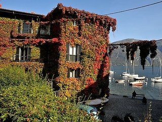 Bellagio Villa Sleeps 8 with WiFi - 5311432