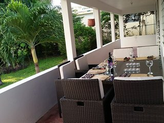 Casa Bamboo Tropical 3 BR Beach House Just a Short walk to Carribean & Malecon