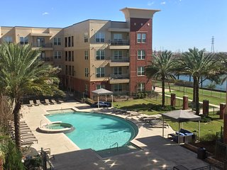 Superbowl loft rental // amazing view // walking distance from reliant