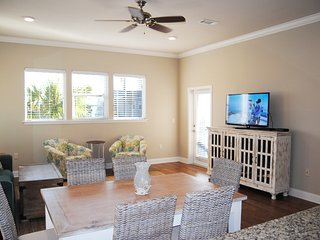 Living Room - Alerio Resort, Miramar Beach, Destin, FL Vacation Rentals
