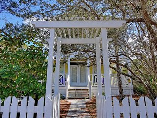Seagrove Beach 'Mellow Yellow' 92 San Juan Ave