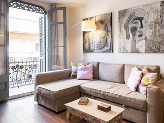 Plaza España 2 apartment in Poble Sec with WiFi, airconditioning & balkon., Barcelona