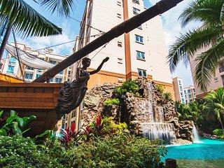 Atlantis By Favstay | 1 Bedroom - Pool View