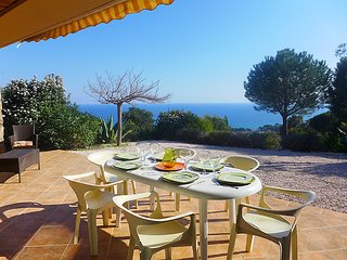 3 bedroom Villa in Sainte Maxime, Cote d'Azur, France : ref 2012741